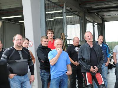 20110913161942_Freies_Fahren_Sachsenring_29-und-30_Aug_11-766.400x300-crop.jpg